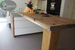 Oud eiken keuken wanden en hoge tafel barblad 2