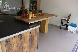 Oud eiken keuken wanden en hoge tafel barblad 3