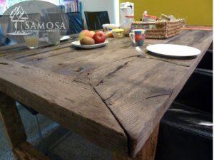 antieke tafel bouwjaar 2013 samosa 2