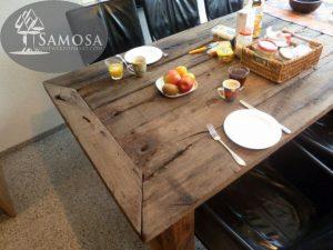 antieke tafel bouwjaar 2013 samosa 3