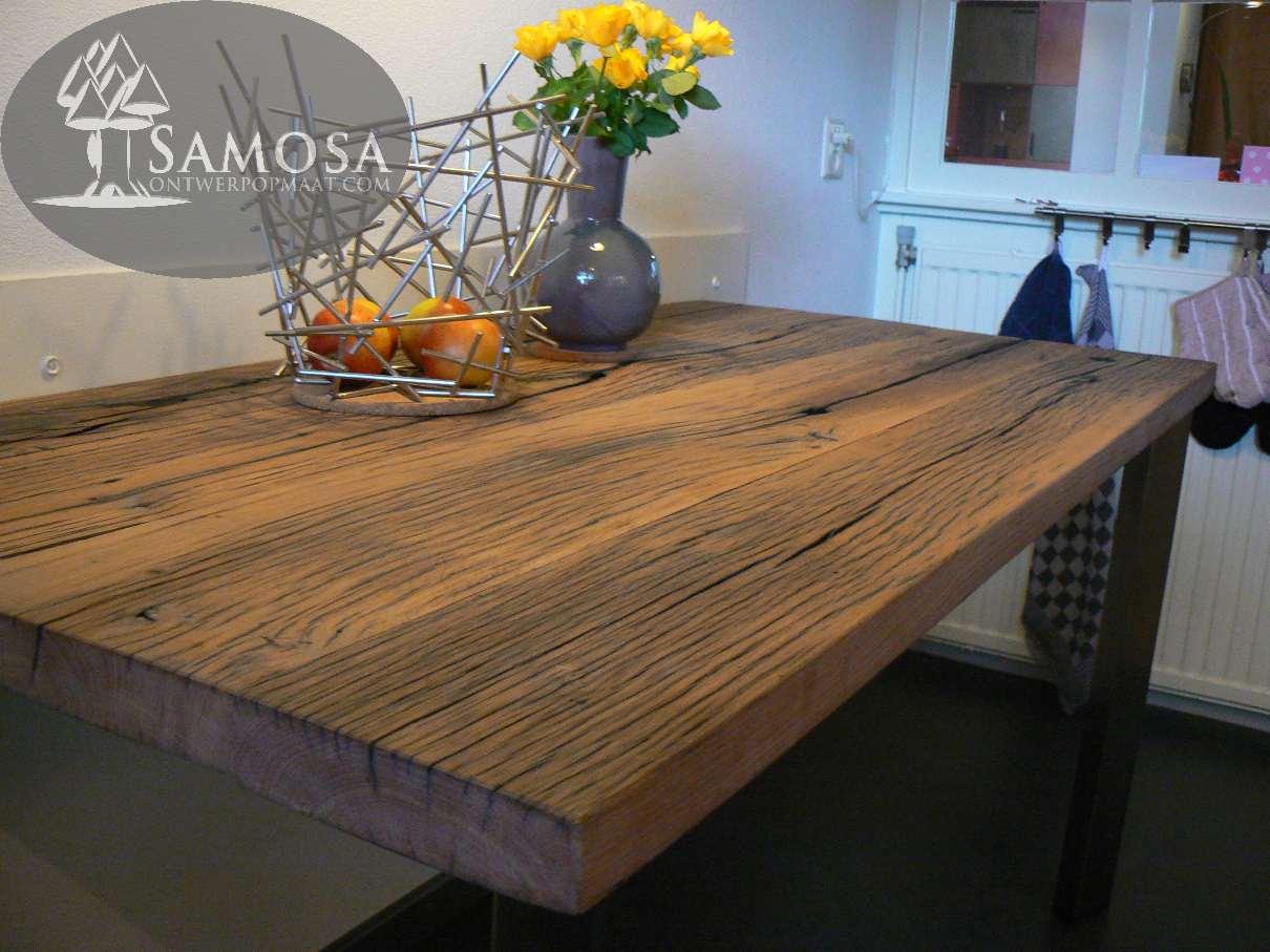 Samosa ontwerp op maat oud eiken en rvs for Eiken tafel