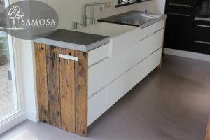 oud eiken keuken wanden en hoge tafel barblad 6